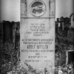 ¿Dónde está enterrado Adolf Hittler?